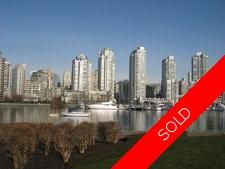 FALSE CREEK Apartment for sale: HENLEY COURT 2 bedroom 1,095 sq.ft. (Listed 2012-03-05)